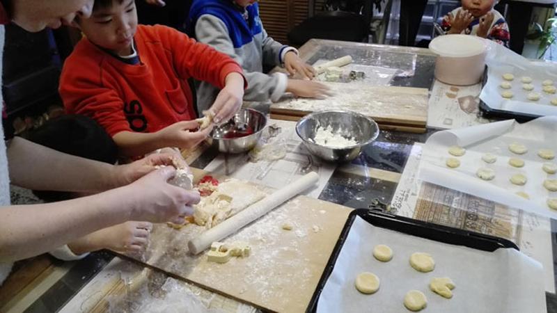 クックストーブによる焼き菓子教室201702-3