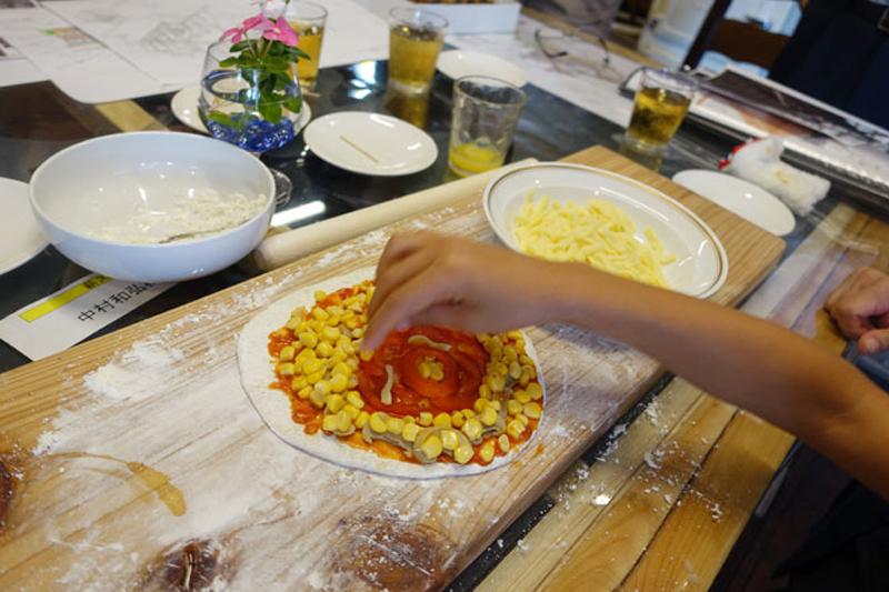 本格石窯で焼くピザ体験会2