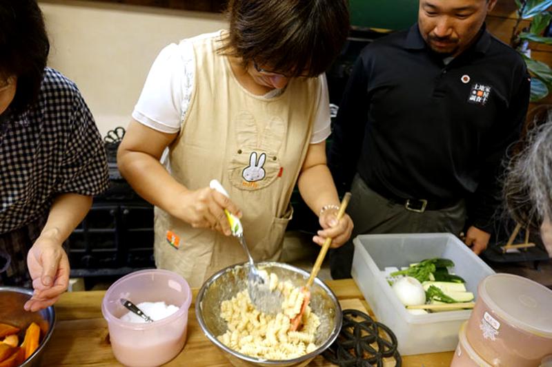 アツサニマケズ! 5月のおもてなし料理教室開催7